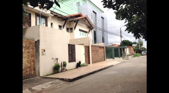 Casa en Alquiler Av Banzer entre 2do y 3er anillo Foto 10