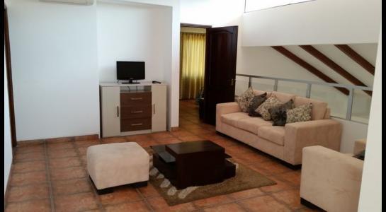 Casa en Alquiler CONDOMINIO JARDINES DEL URUBO Foto 9
