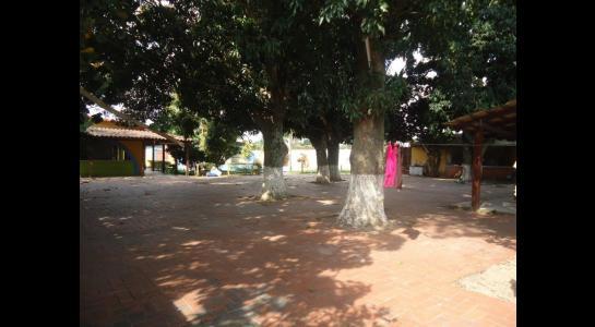 Casa en Alquiler Calle Ernesto Monasterio entre C/Los Mángales y Juan Latino, dentro el primer anillo de circunvalacion- Warnes Foto 2