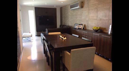 Casa en Alquiler AVENIDA BENI PASANDO EL 5 ANILLO,  CONDOMINIO LA HACIENDA II Foto 4