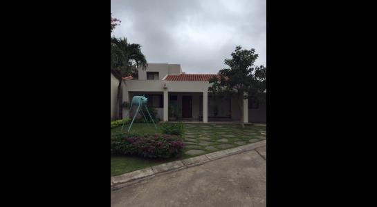 Casa en Alquiler AV. BENI Y 5 ANILLO Foto 17