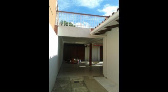 Casa en Alquiler ALEMANA ENTRE 5TO Y SEXTO ANILLO FRENTE A BIBLIOTECA MUNICIPAL TODO CON ASFALTO. Foto 17