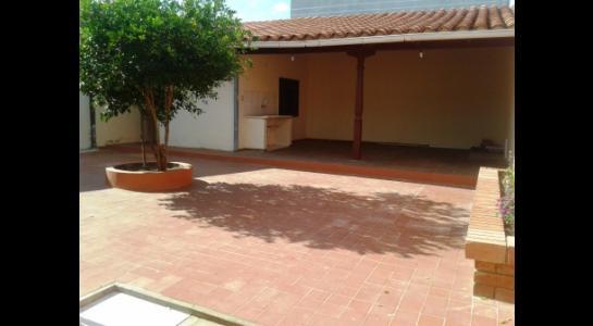 Casa en Alquiler ALEMANA ENTRE 5TO Y SEXTO ANILLO FRENTE A BIBLIOTECA MUNICIPAL TODO CON ASFALTO. Foto 8