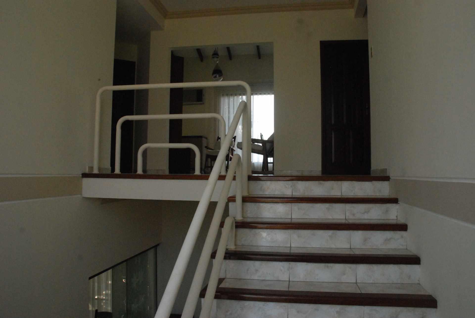 Casa en Alquiler Condominio Barrio Norte , al lado del Mall Las Brisas, 4to anillo Avenida Banzer. Foto 10