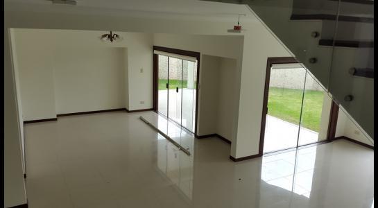 Casa en Alquiler Condominio JARDINES DEL URUBO  Foto 11