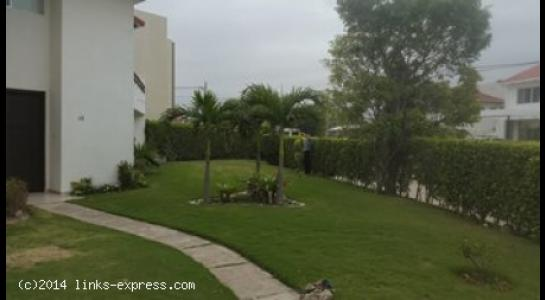 Casa en Alquiler Los Parques Del Urubo  Foto 3