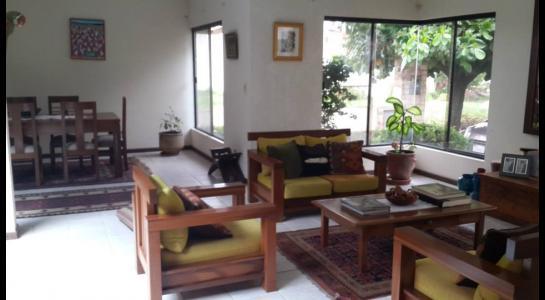 Casa en Alquiler Urbanización Ciudad Jardín,6.to Anillo al Norte cerca de la UCEBOL Foto 5