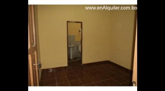 Casa en Alquiler Av. Mutualista 3er anillo externo Foto 4
