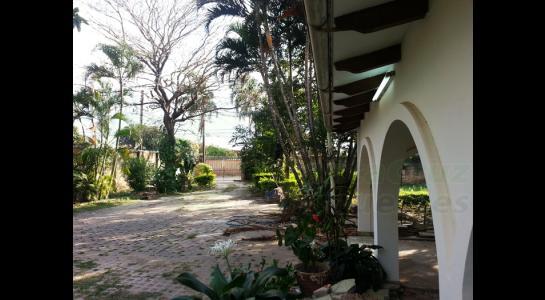 Casa en Alquiler CARRETERA A COTOCA Foto 6