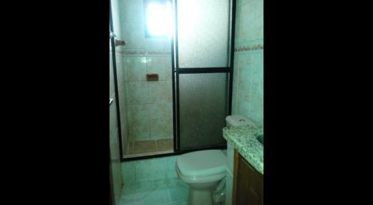 Casa en Alquiler ALEMANA ENTRE 5TO Y SEXTO ANILLO FRENTE A BIBLIOTECA MUNICIPAL TODO CON ASFALTO. Foto 24