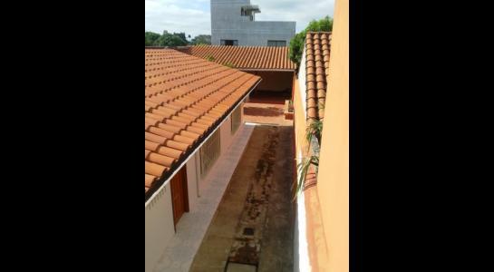 Casa en Alquiler ALEMANA ENTRE 5TO Y SEXTO ANILLO FRENTE A BIBLIOTECA MUNICIPAL TODO CON ASFALTO. Foto 4