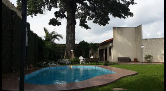Casa en Alquiler Urbanización Ciudad Jardín,6.to Anillo al Norte cerca de la UCEBOL Foto 6