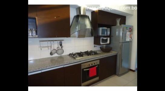 Casa en Alquiler Av. Banzer 6to. y 7mo. Anillo Foto 5