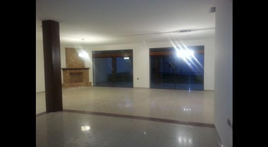 Casa en Alquiler  CONDOMINIO BARRIO NORTE UBICADO en la Av. Banzer  4to anillo Foto 13