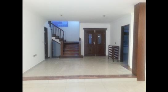 Casa en Alquiler  CONDOMINIO BARRIO NORTE UBICADO en la Av. Banzer  4to anillo Foto 5