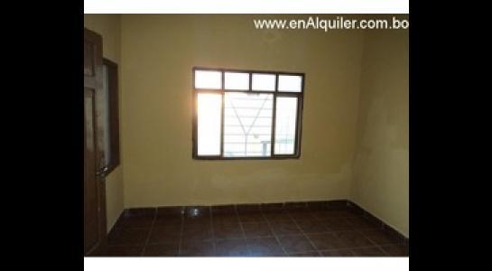 Casa en Alquiler Av. Mutualista 3er anillo externo Foto 5