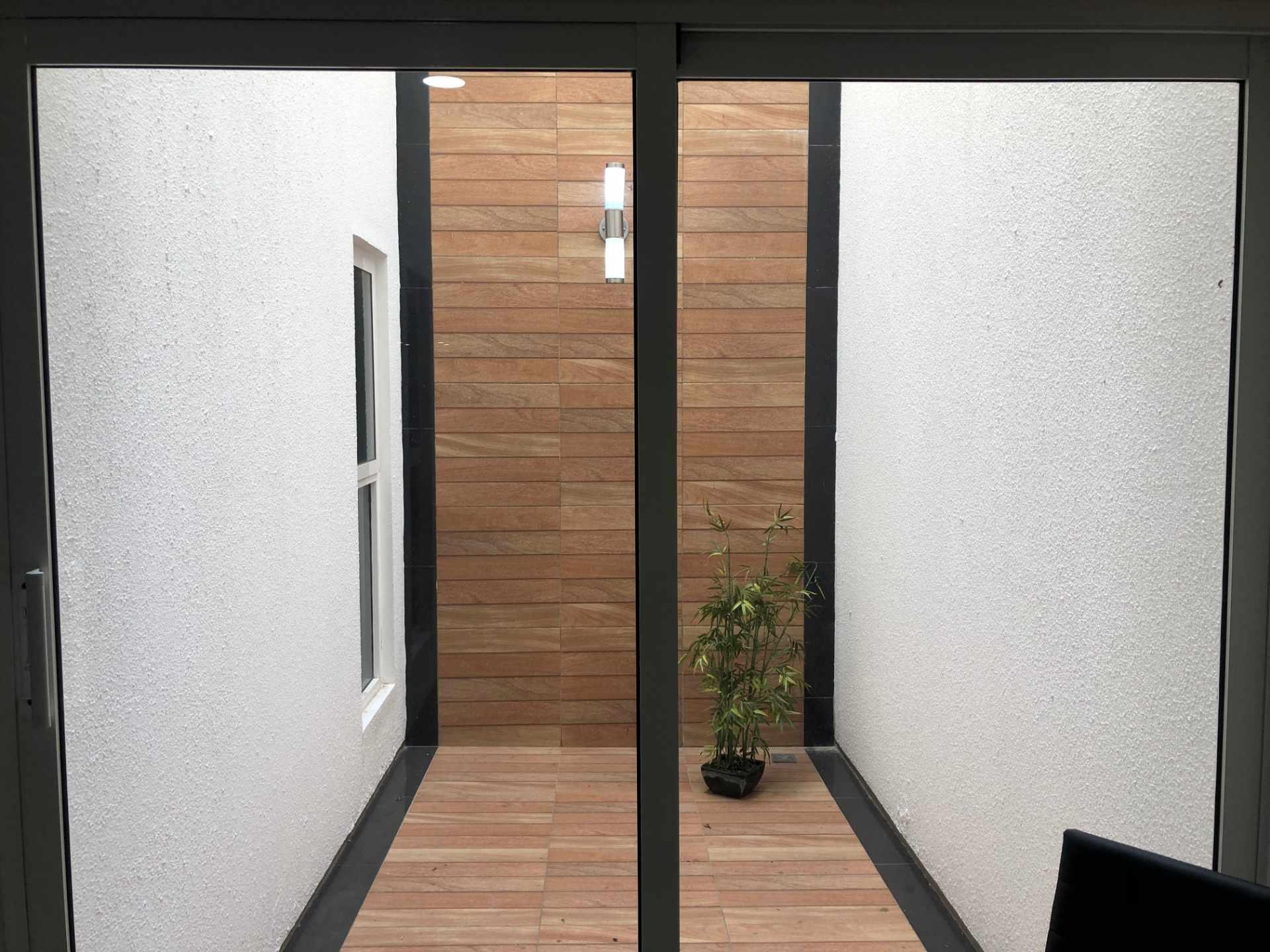 Departamento en Alquiler Condominio Onix [Equipetrol Norte], Departamento monoambiente full amoblado de lujo en alquiler, con parqueo techado. [600$us., expensas incluidas] Foto 11