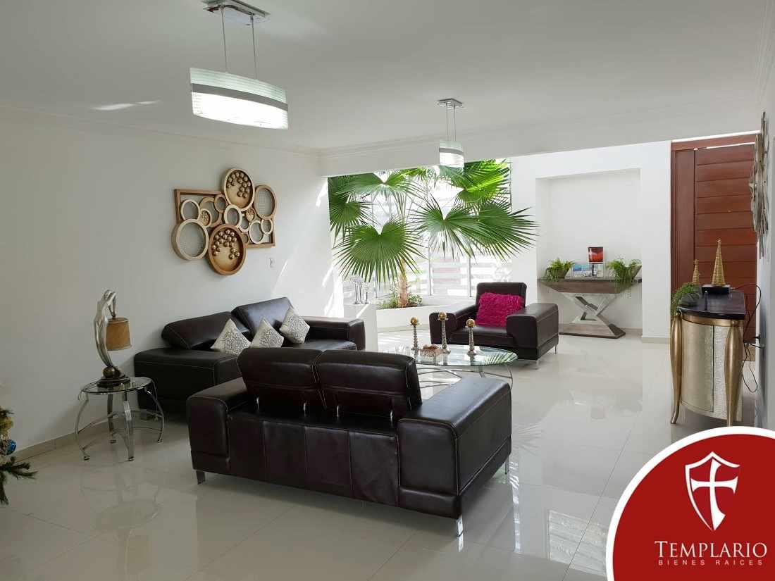 Casa en Venta Zona Urubo: Urbanizacion Villa Bonita Foto 2