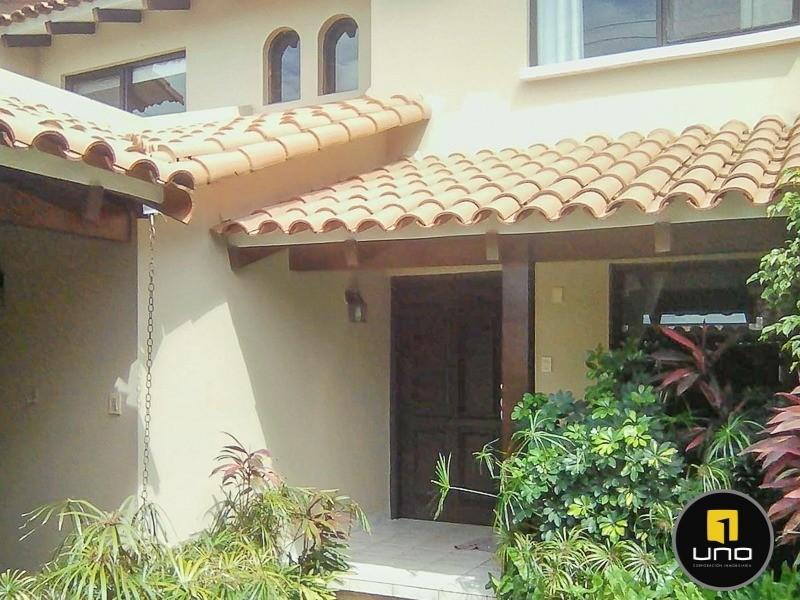 Casa en Alquiler Barrio Las Palmas; Zona Oeste Foto 13
