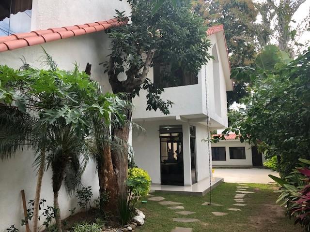 Casa en Venta Av. La Barranca 3er Anillo Foto 4