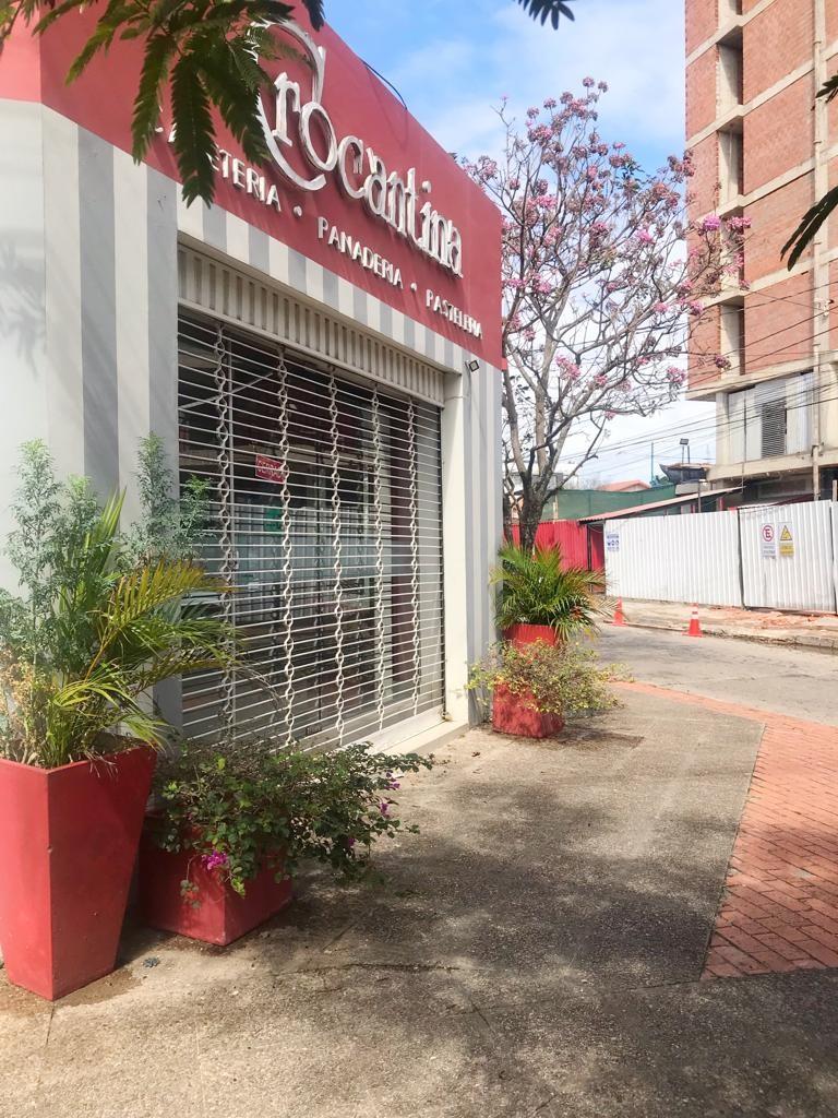 Local comercial en Alquiler LOCAL EN ALQUILER EN ESQUINA  Foto 2