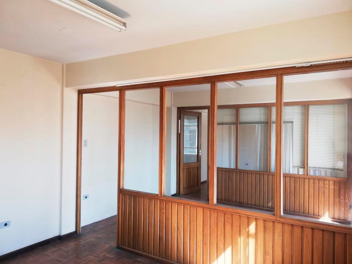 Oficina en Alquiler Zona Central, a una cuadra de la Av. Heroinas Foto 5
