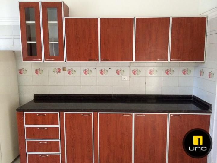 Casa en Alquiler LINDA Y AMPLIA CASA DE 2 PLANTAS CON PISCINA EN EL BARRIO LAS PALMAS Foto 8