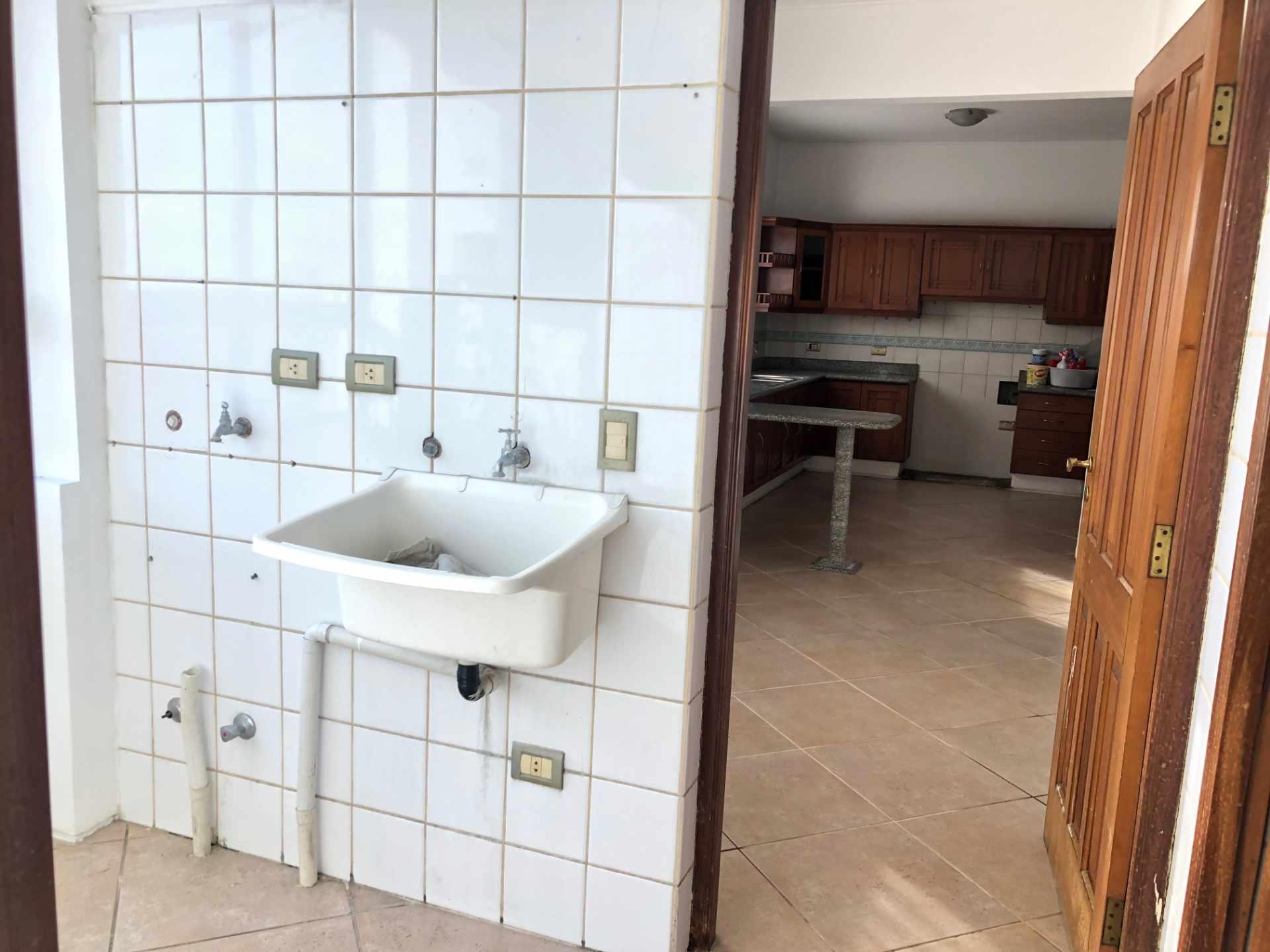 Departamento en Venta EN VENTA ZONA CENTRO Calle Tarija 73 Foto 21