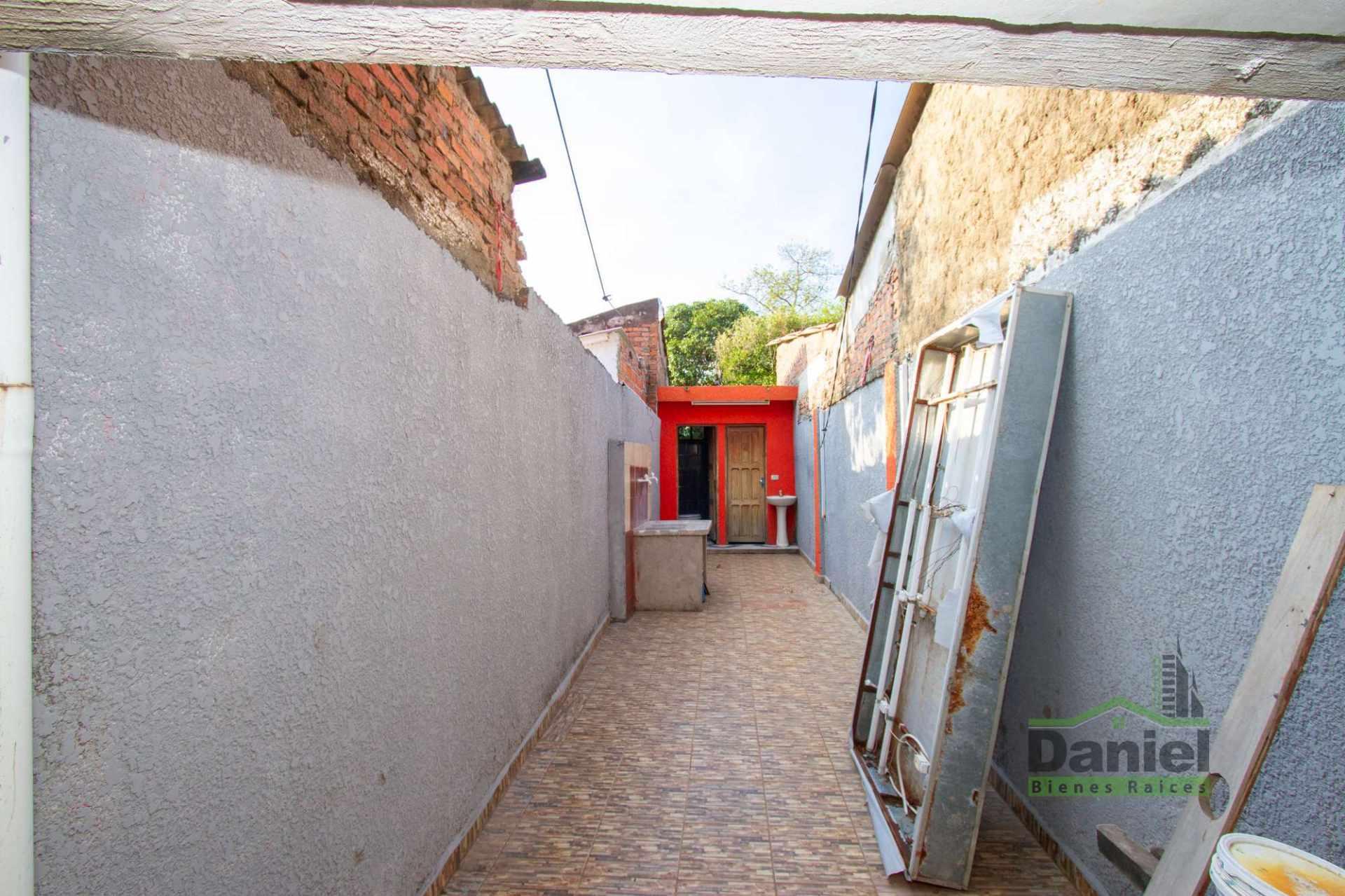 Casa en Venta EN VENTA CASA EN WARNES (LADO DERECHOS REALES) Foto 3