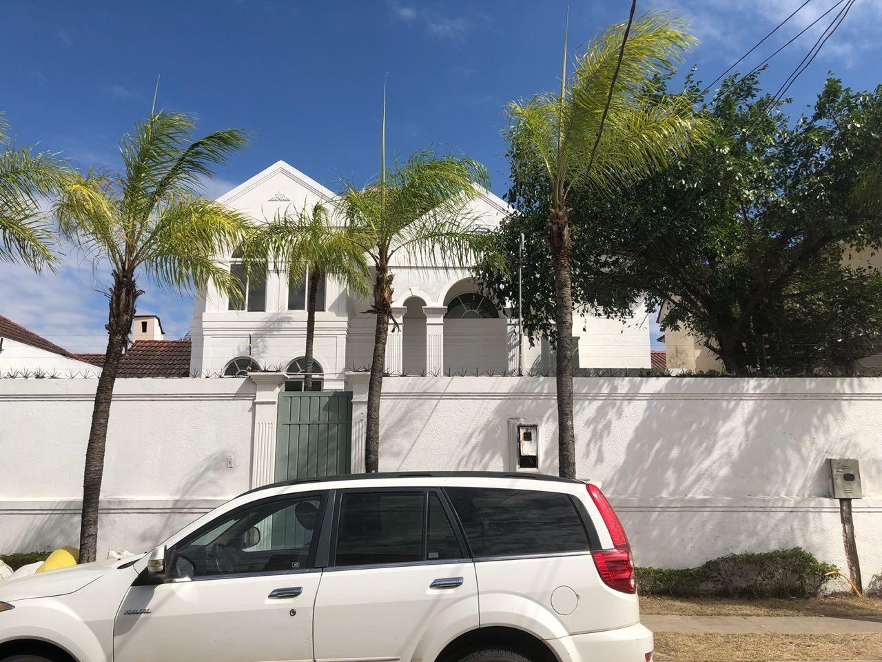 Casa en Alquiler Av Piraí y 4to anillo  Foto 6