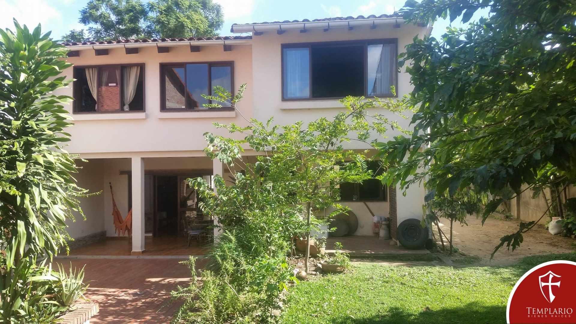 Casa en Venta Avenida La Barranca entre 2 y 3 anillo Foto 12