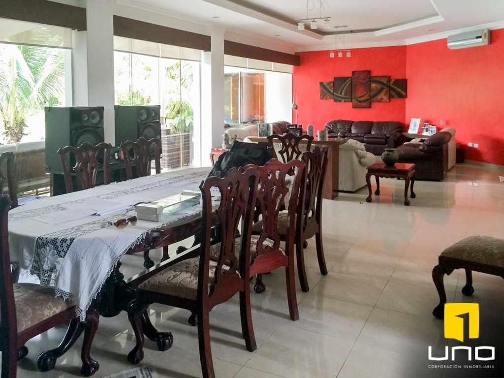 Casa en Alquiler Colinas del Urubo alquilo amplia residencia Foto 10