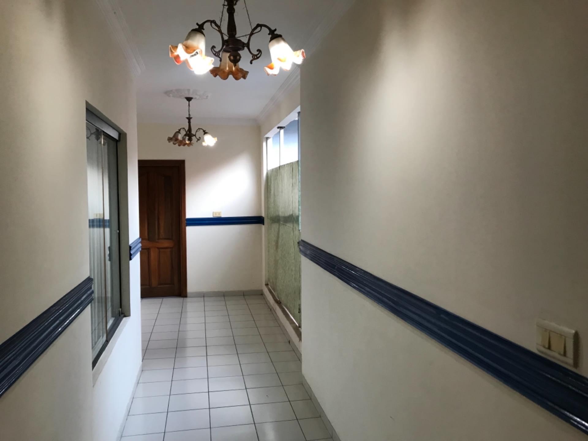 Casa en Alquiler Para empresa- Casa semi independiente - NORTE Foto 10