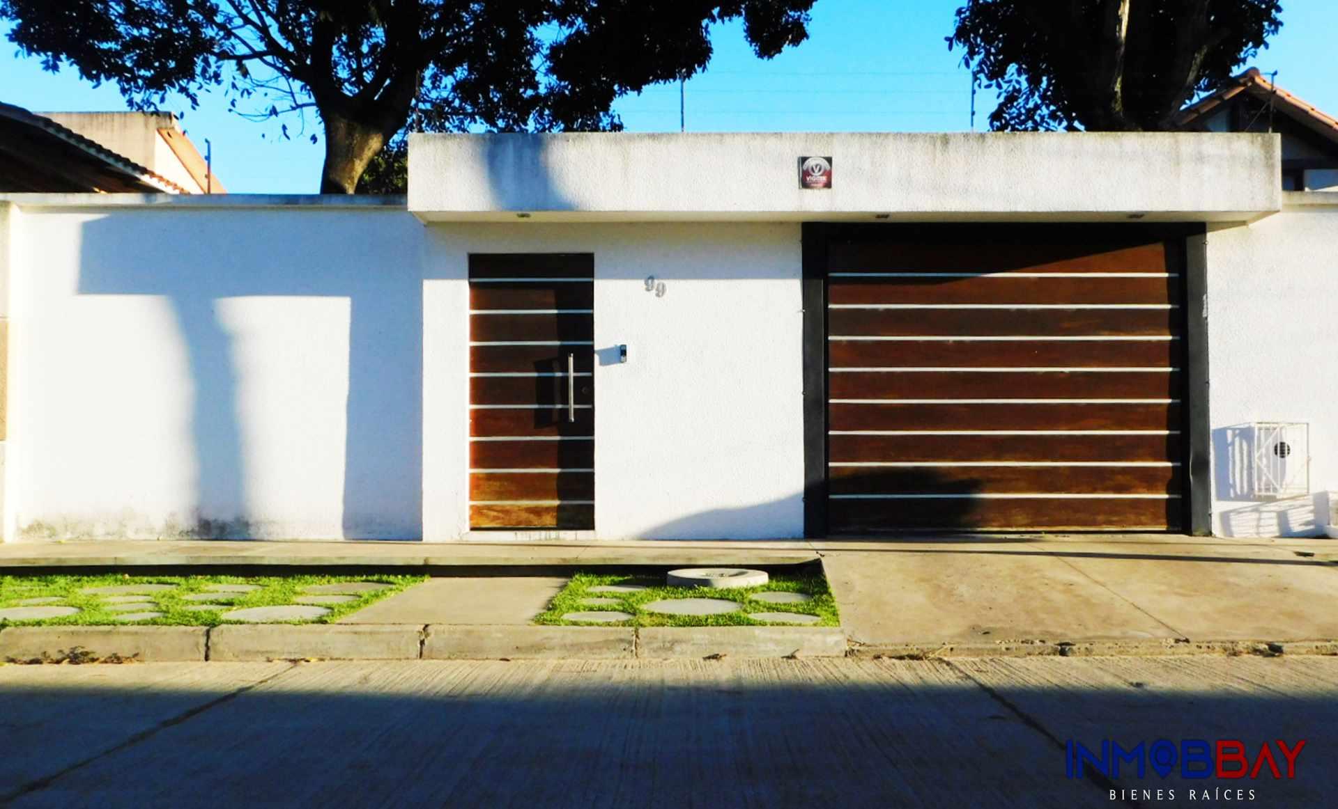 Casa en Venta AMPLIA CASA MINIMALISTA DE 2 PLANTAS RADIAL 27 Y CUARTO ANILLO Foto 4