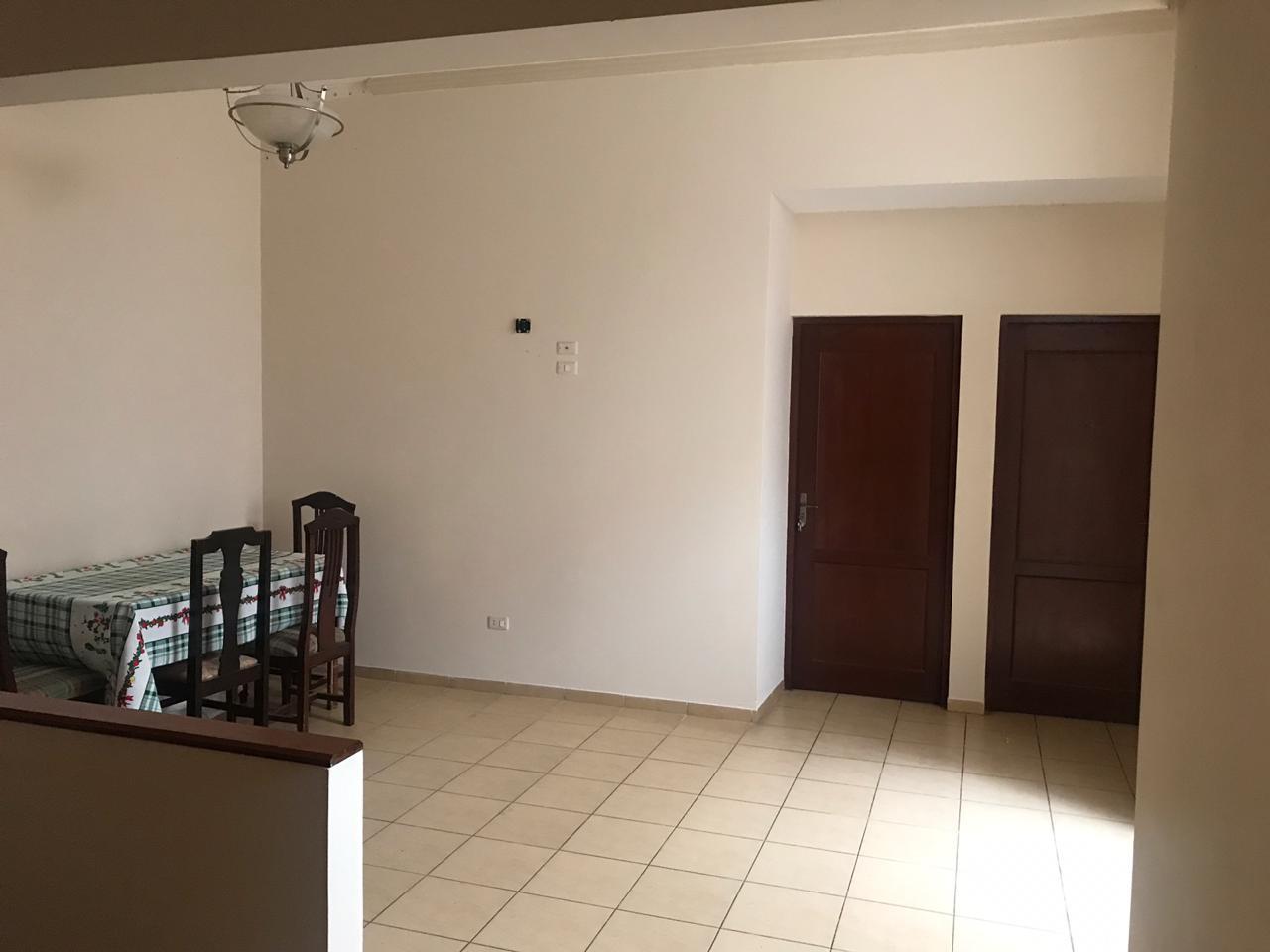 Casa en Venta AV. Hilanderia entre 4to y 5to anillo, entre Av. Pirai y Radial 17/5 Foto 9