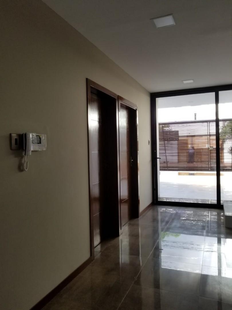 Casa en Venta Avenida Roca y Coronado 3er Anillo  Foto 9