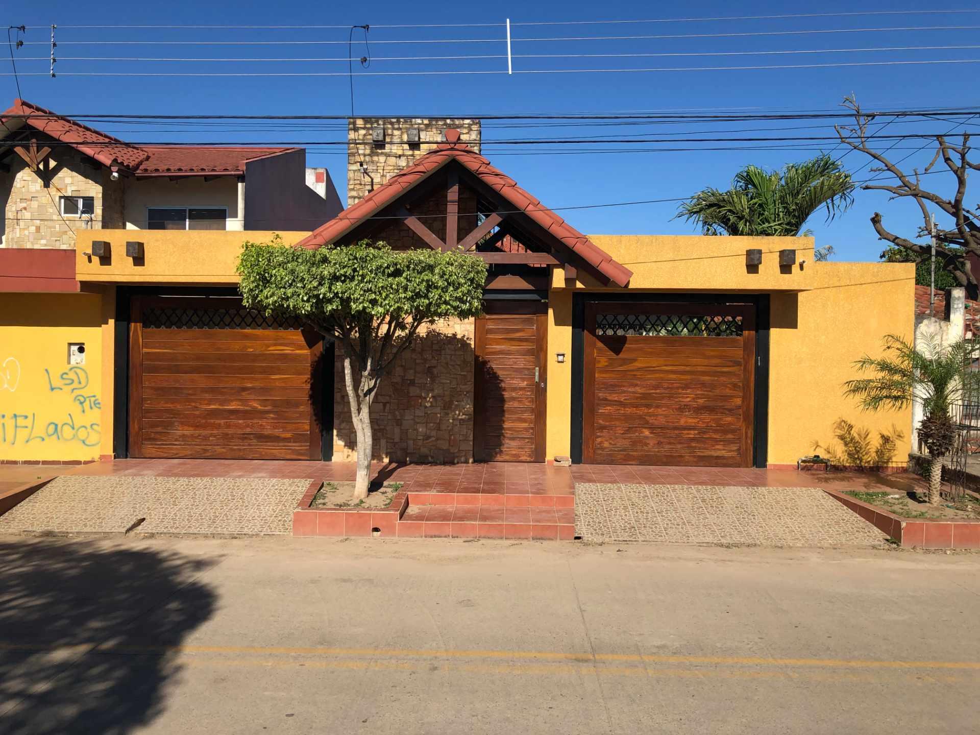 Casa en Venta Los Tusequis, Avenida 2 de Agosto Calle Zula. Foto 8