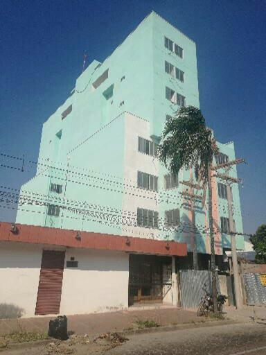Departamento en Venta Calle 27 de Mayo casi Av. Viedma, frente a TIGO Foto 3