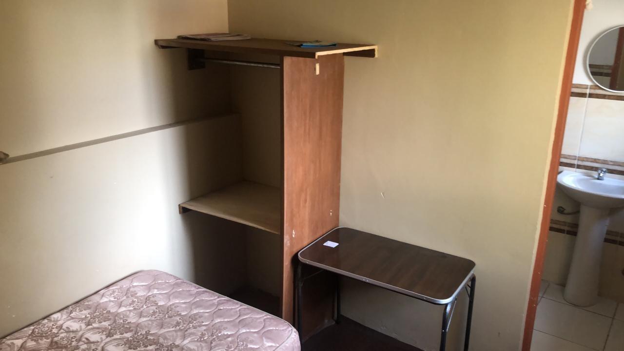 Habitación en Alquiler ALQUILER HABITACION INDEPENDIENTE PARA ESTUDIANTE  AMOBLADA   OBRAJES CALLE 4  Foto 4