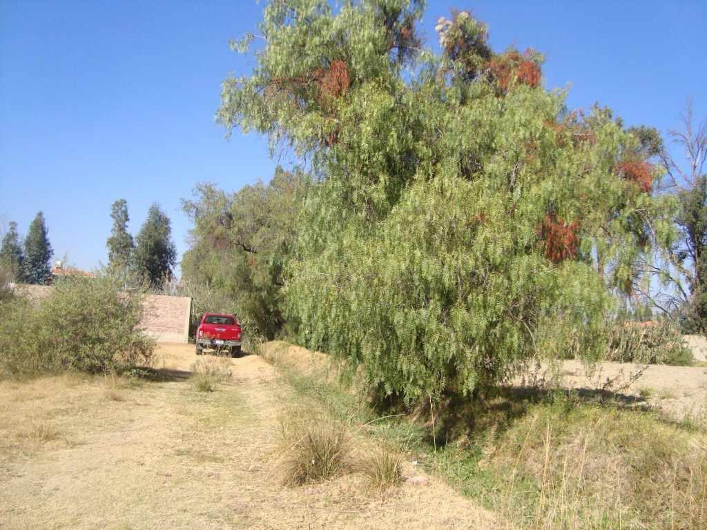 Terreno en Venta Zona Oeste, Km5 Av. Villa Vicencio Foto 3