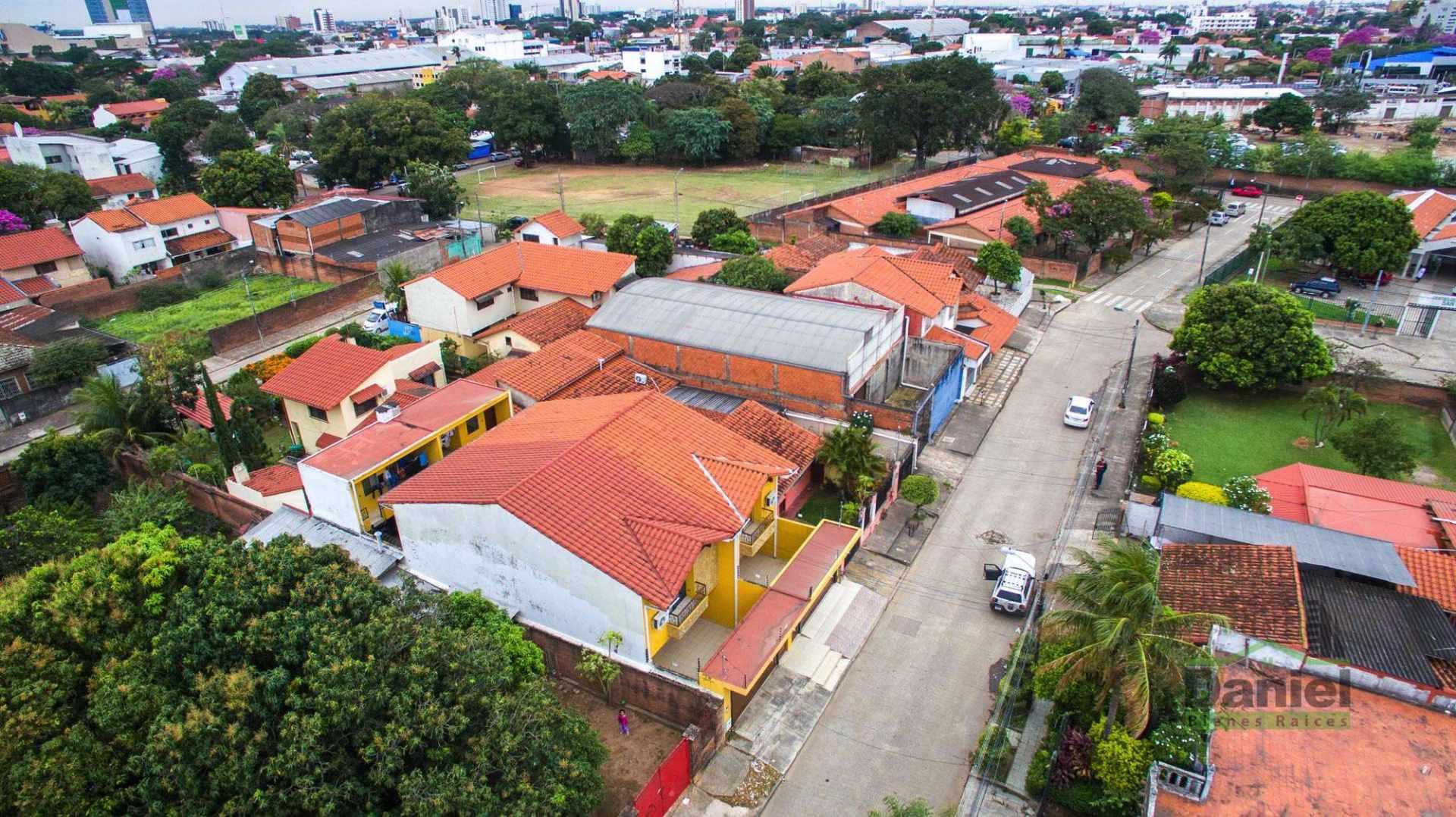 Casa en Venta EN VENTA BONITA CASA RADIAL 27 Y CALLE LOS GUAPOS Foto 9