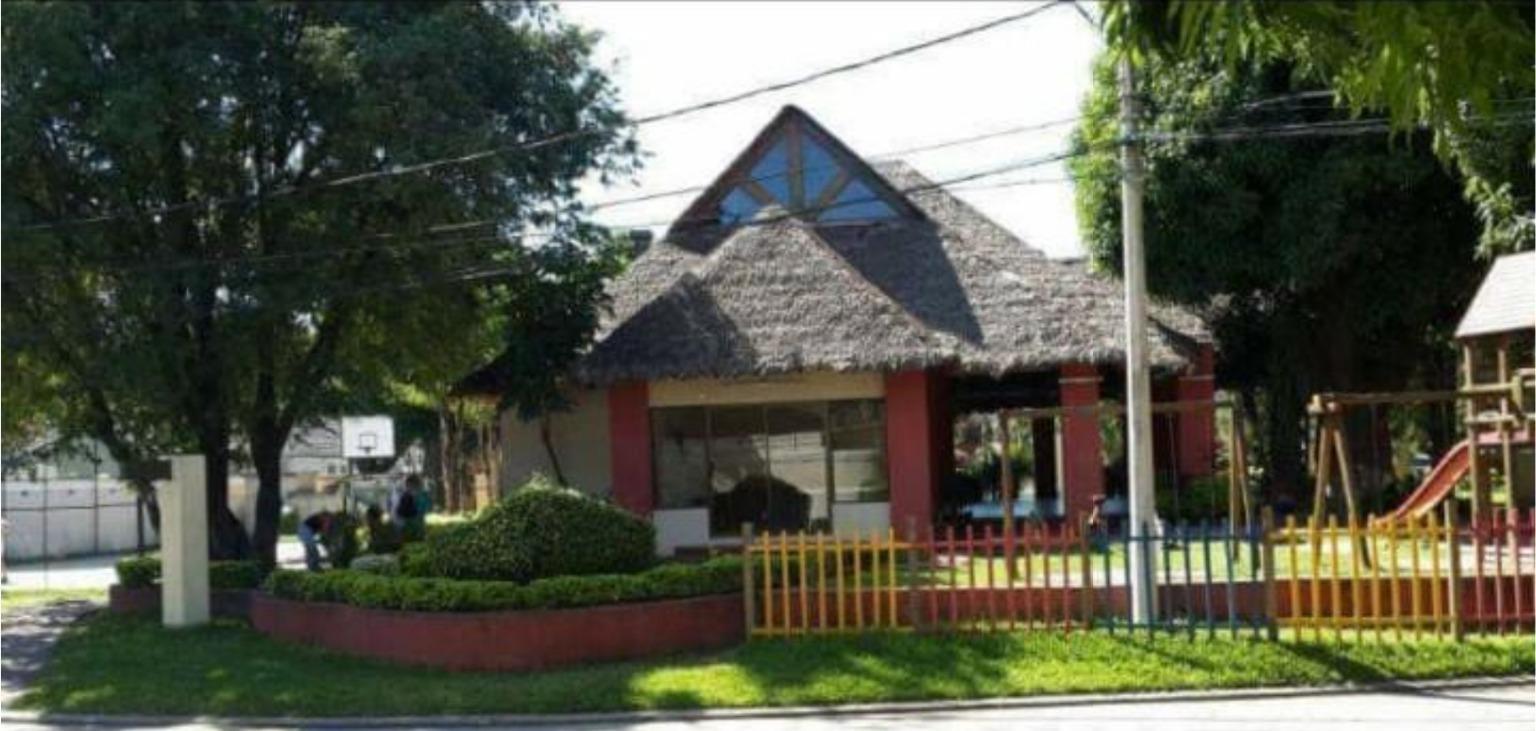 Casa en Alquiler COND LOS BOSQUES ENTRE 4TO  Y 5TO ANILLO RADIAL 26, CASA EN ALQUILER Foto 6