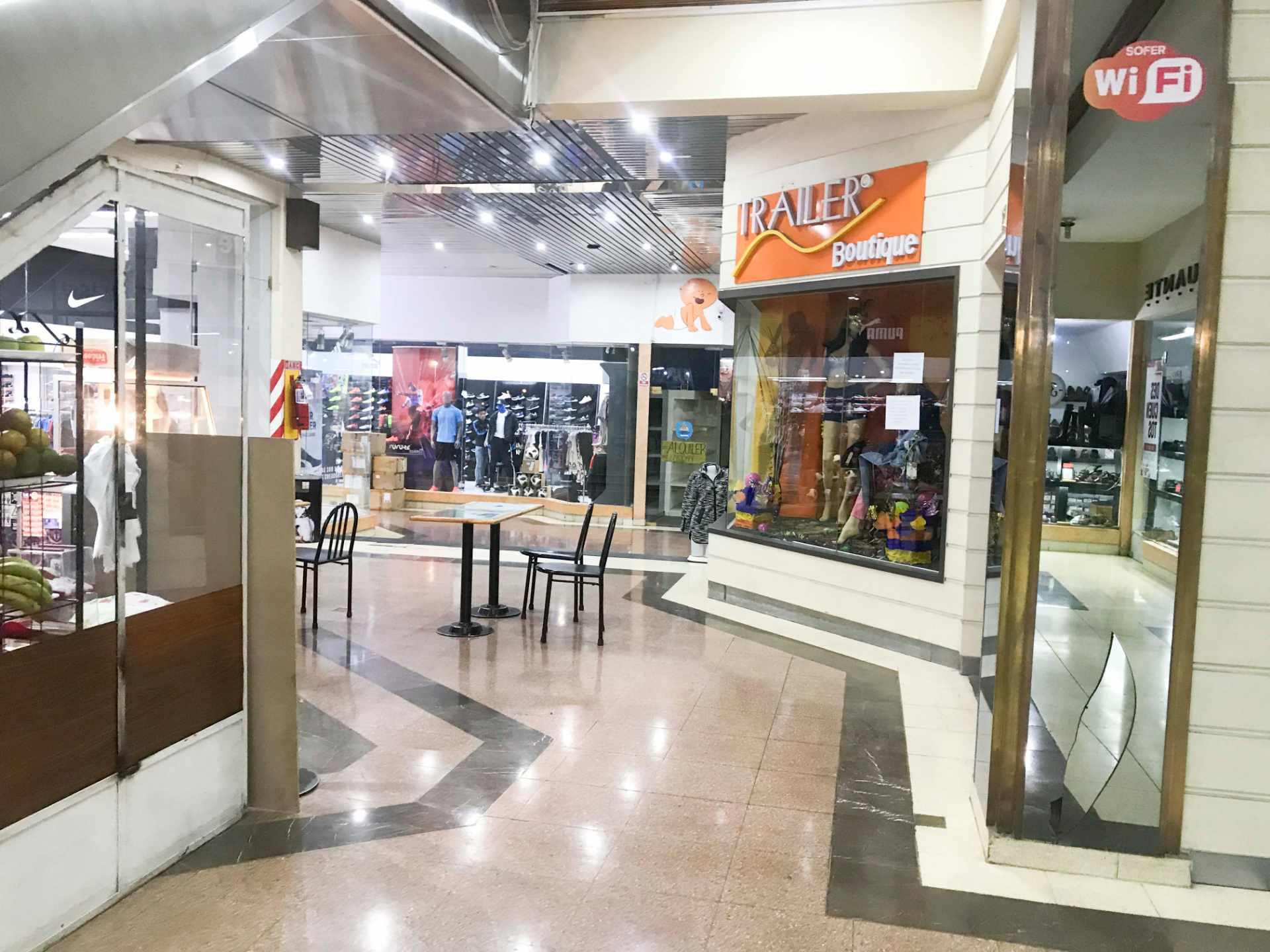 Local comercial en Alquiler Av. Oquendo Torres Sofer Planta Baja Foto 13