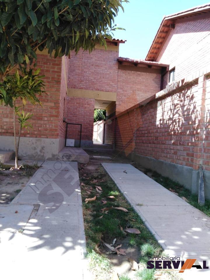 Casa en Alquiler CASA DE 2 PLANTAS INDEPENDIENTE, EN URBANIZACION, INMEDIACIONES KM 4 1/2 CIRCUNVALACIÓN Foto 8