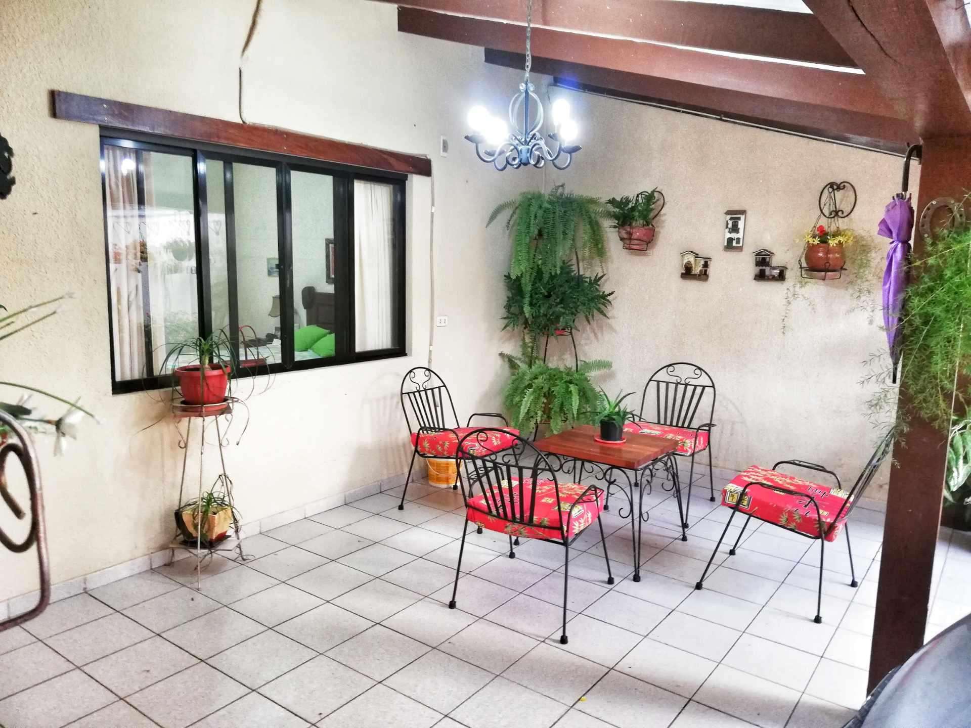 Casa en Venta HERMOSA CASA EN VENTA EN ZONA NORTE Foto 5