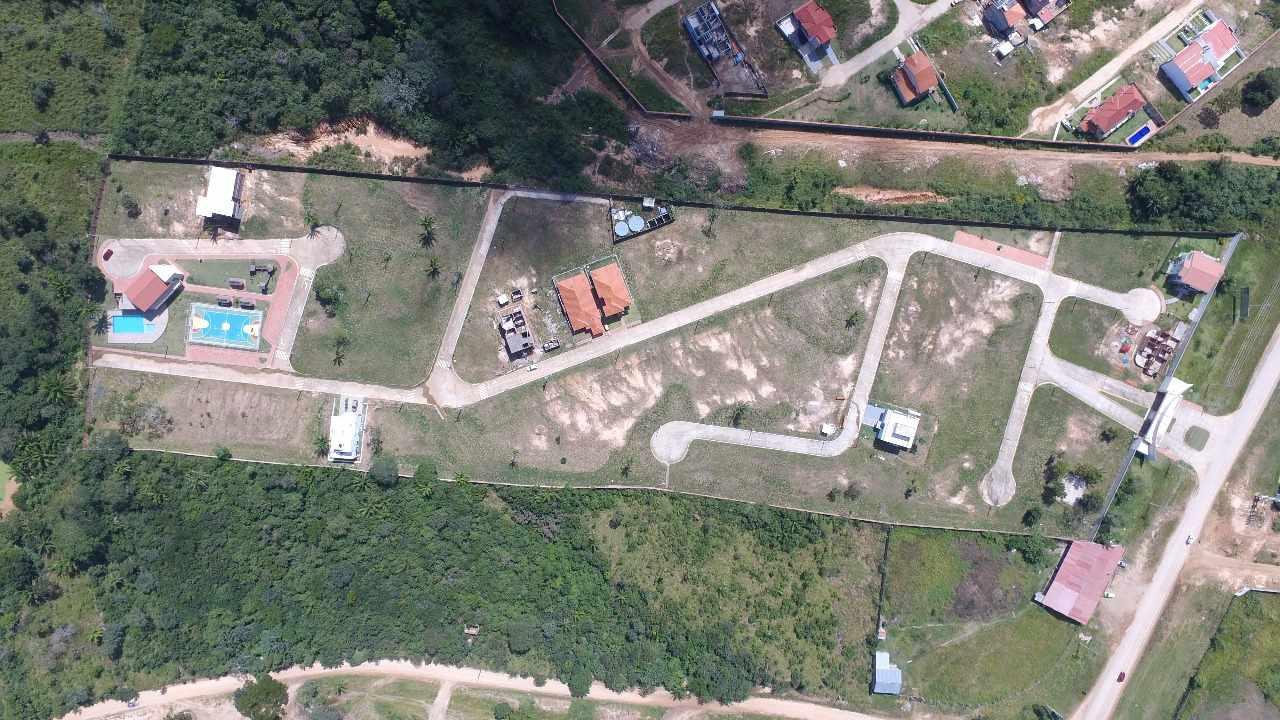 Terreno en Venta Urubo a 6 km del puente camino a Porongo  Foto 8
