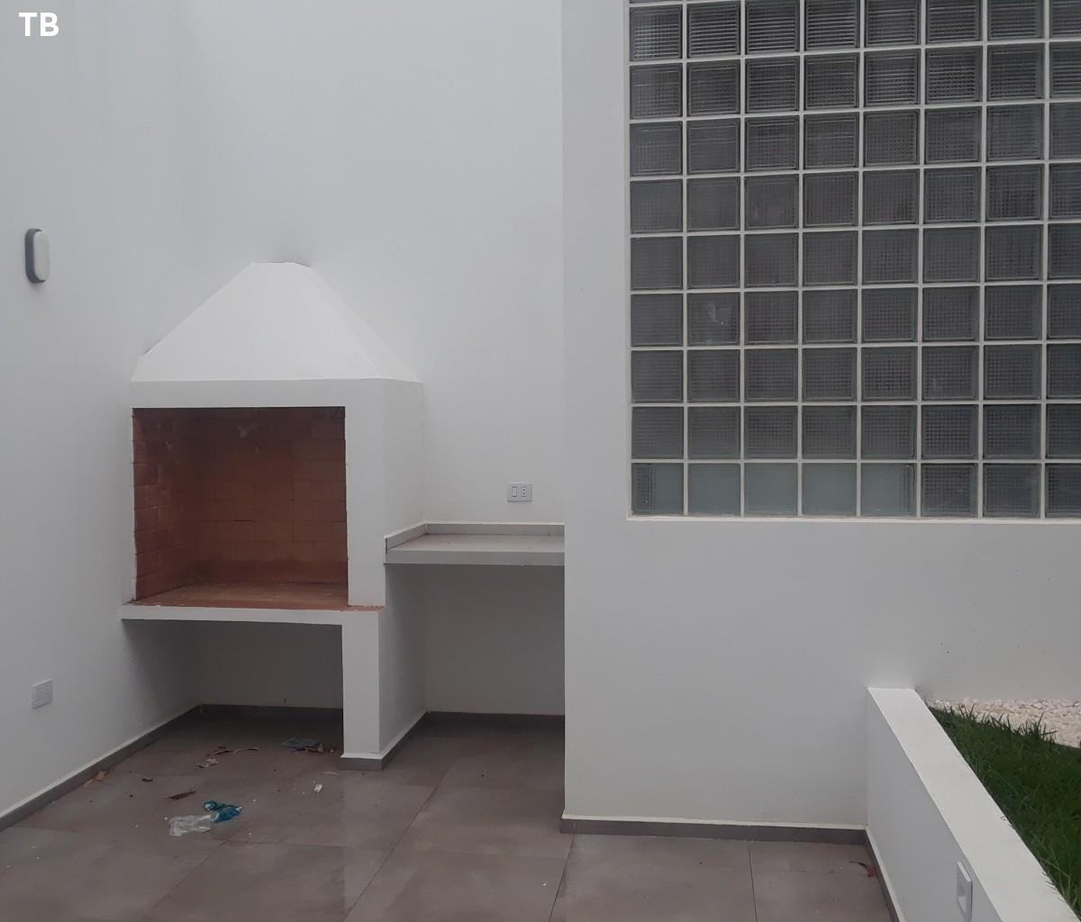 Casa en Alquiler Inmediaciones  parque de la memorias (arocagua) Foto 2
