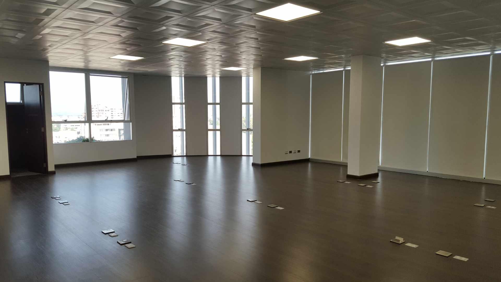 Oficina en Alquiler $U$.-1.400 PRECIOSA OFICINA EN ALQUILER ZONA CINE CENTER Foto 3