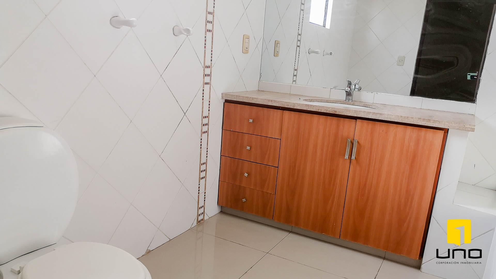 Casa en Alquiler CONDOMINIO HAMBURGO ALQUILO CASA DE 3 SUITES Foto 8