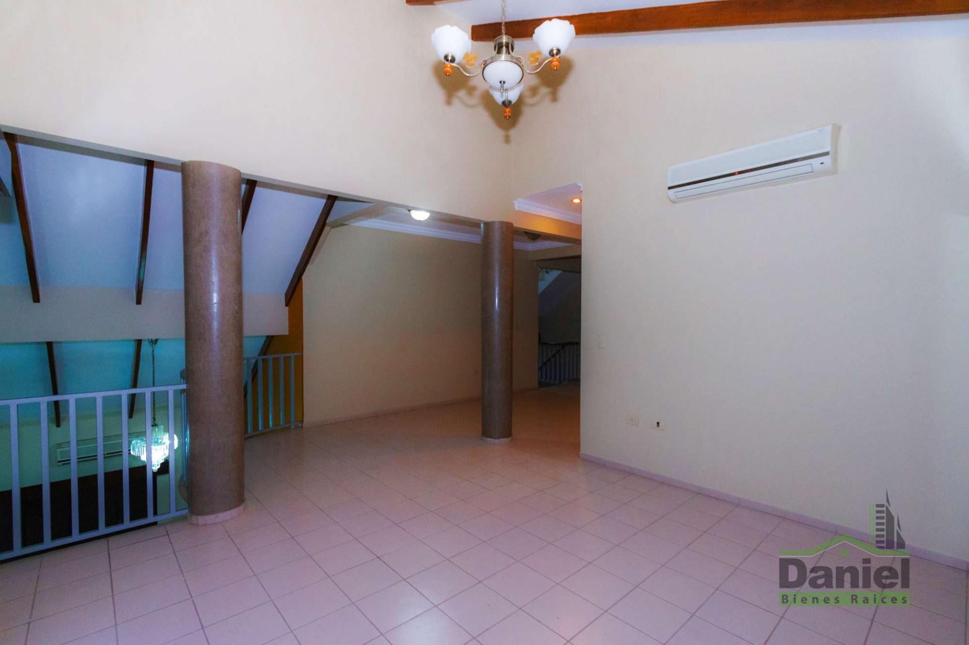Casa en Venta CASA GRANDE ENTRE 4TO Y 5TO ANILLO RADIAL 27 Foto 15